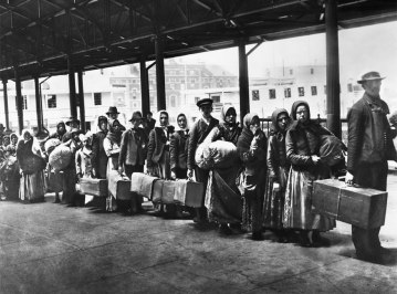 old picture of immigration