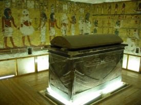 tomb-ay-luxor-valley-kings