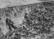 holocaust-bodies-mass-grave
