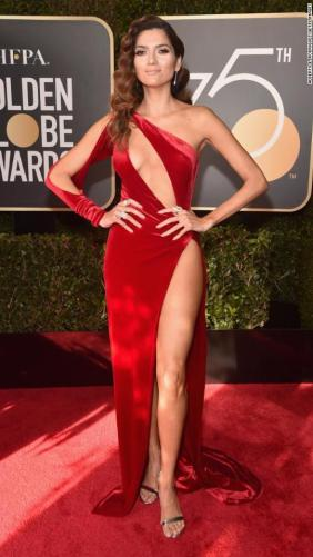 180107182313-14-golden-globes-red-carpet-2018-super-916