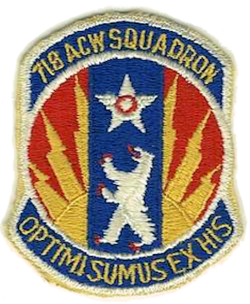 250px-718th_Aircraft_Control_and_Warning_Squadron_-_emblem