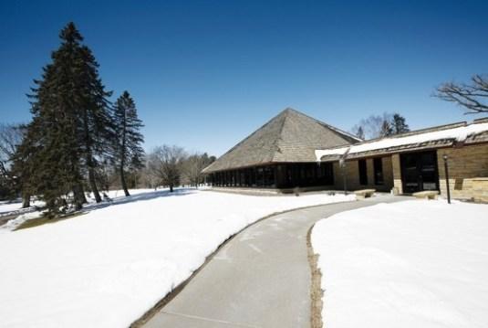 Demontreville-Jesuit-Retreat-House