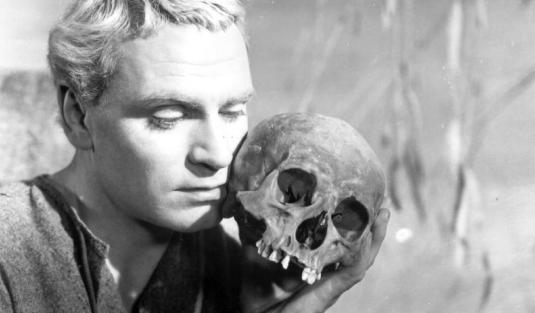 Hamlet 1_1920x1244