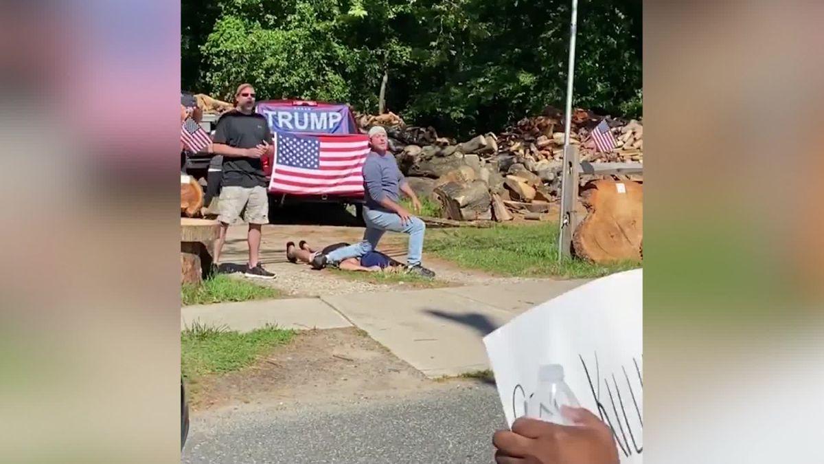 https___cdn.cnn.com_cnnnext_dam_assets_200610095309-franklinville-nj-all-lives-matter-protest-reenactment