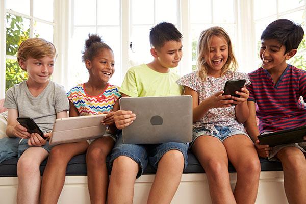 online-school-socialization